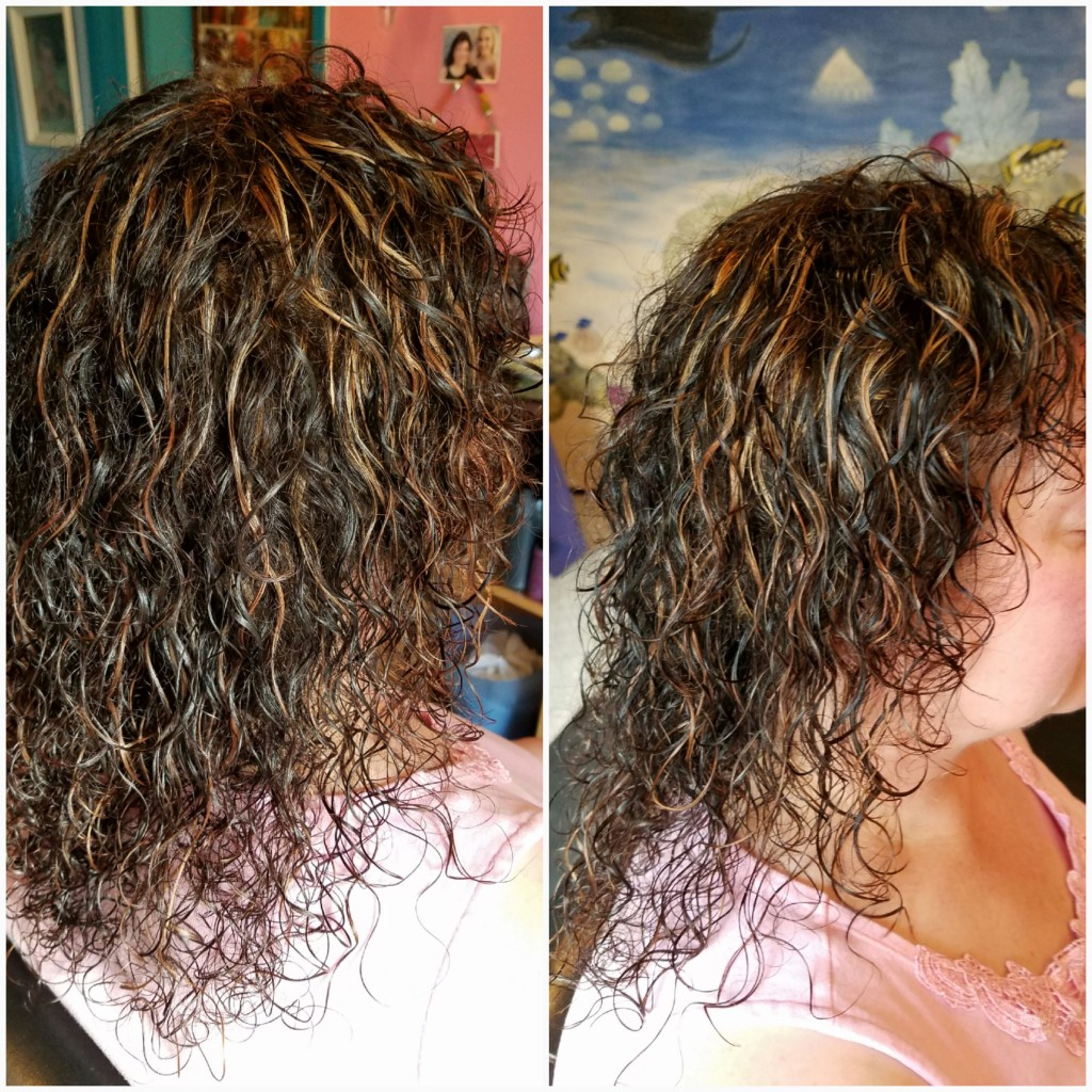 Piecy caramel highlights with natural curls